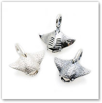 Manta Ray - Silver Charm