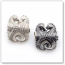 Pair Seahorses - Silver Charm