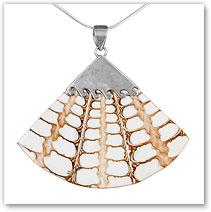 Resin Pendant White - Island Jewelry
